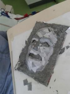 Masque papier mâché