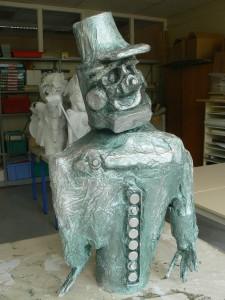 Sculpture peinte en argent