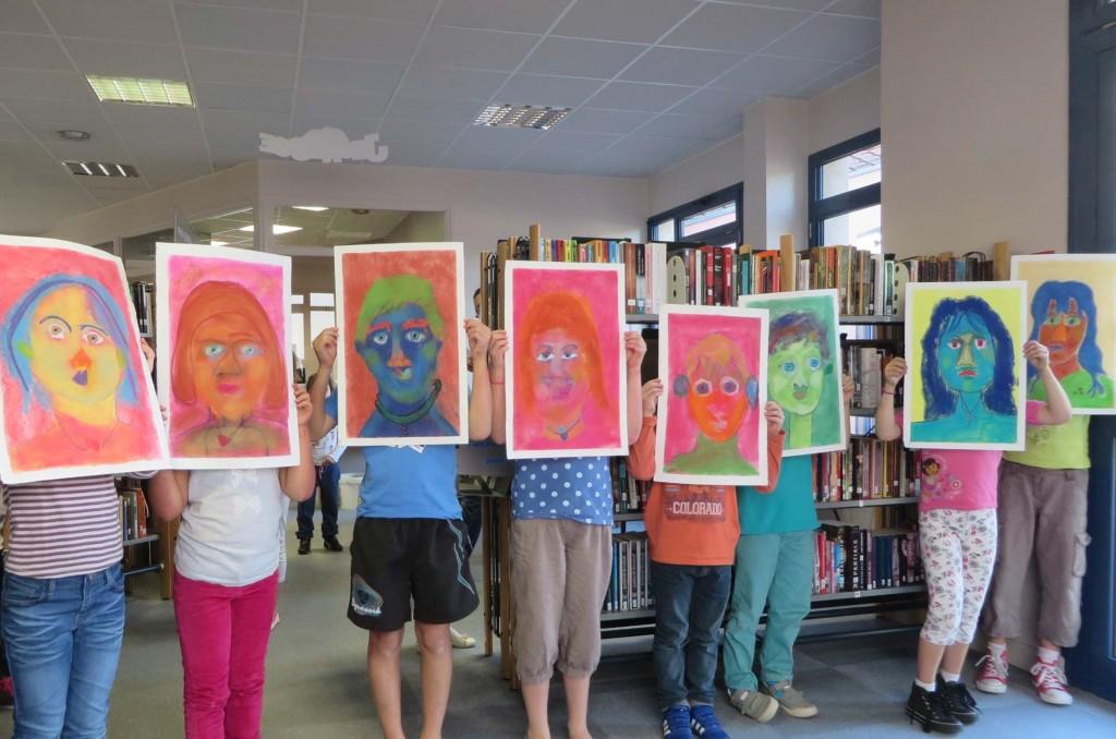 Portraits d'enfants en couleur