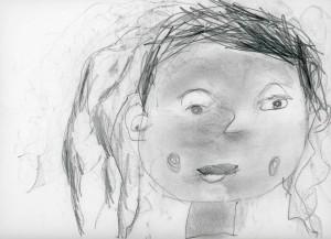 Portrait de petite fille à l'école
