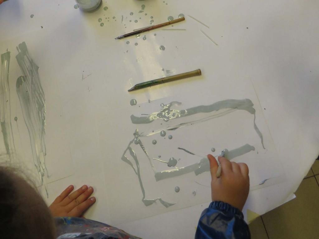 Drawing-gum et outils de calligraphie