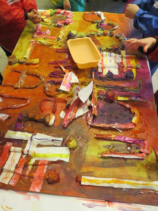 Artiste plasticienne intervenant en arts visuels page 56 - Tableau couleur chaude ...