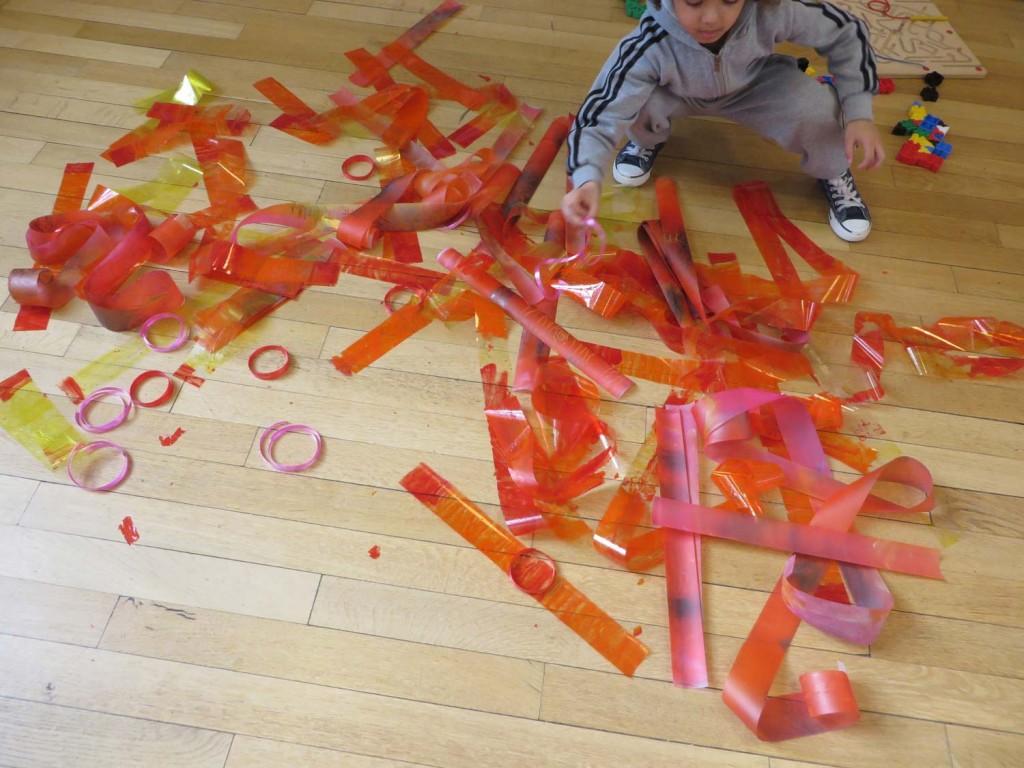 Bandes de plastique colorés