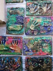 Empreintes réalisées à la maternelle