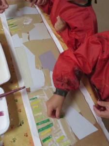 Des petits morceaux de papier pour représenter les vignes
