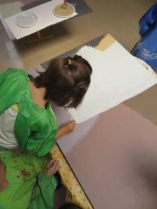 Atelier artistique à la maternelle