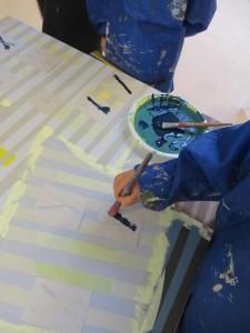 Peindre sur les pochoirs