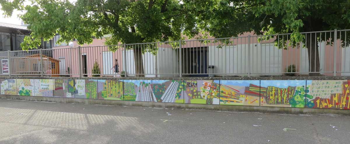 Les 12 panneaux peints de la fresque d'Ampuis