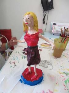 Petite statue en couleur