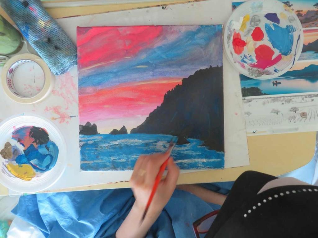 Peindre l'océan au premier-plan