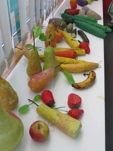 Fruits et légumes en papier mâché