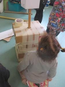 Sculpter avec des enfants de petite section maternelle