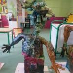 Sculpture géante à la maternelle