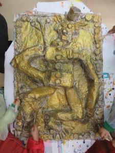 Première couche de peinture acrylique