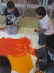 Atelier d'arts plastiques à l'école primaire