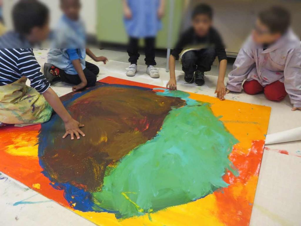 Atelier peinture à l'école