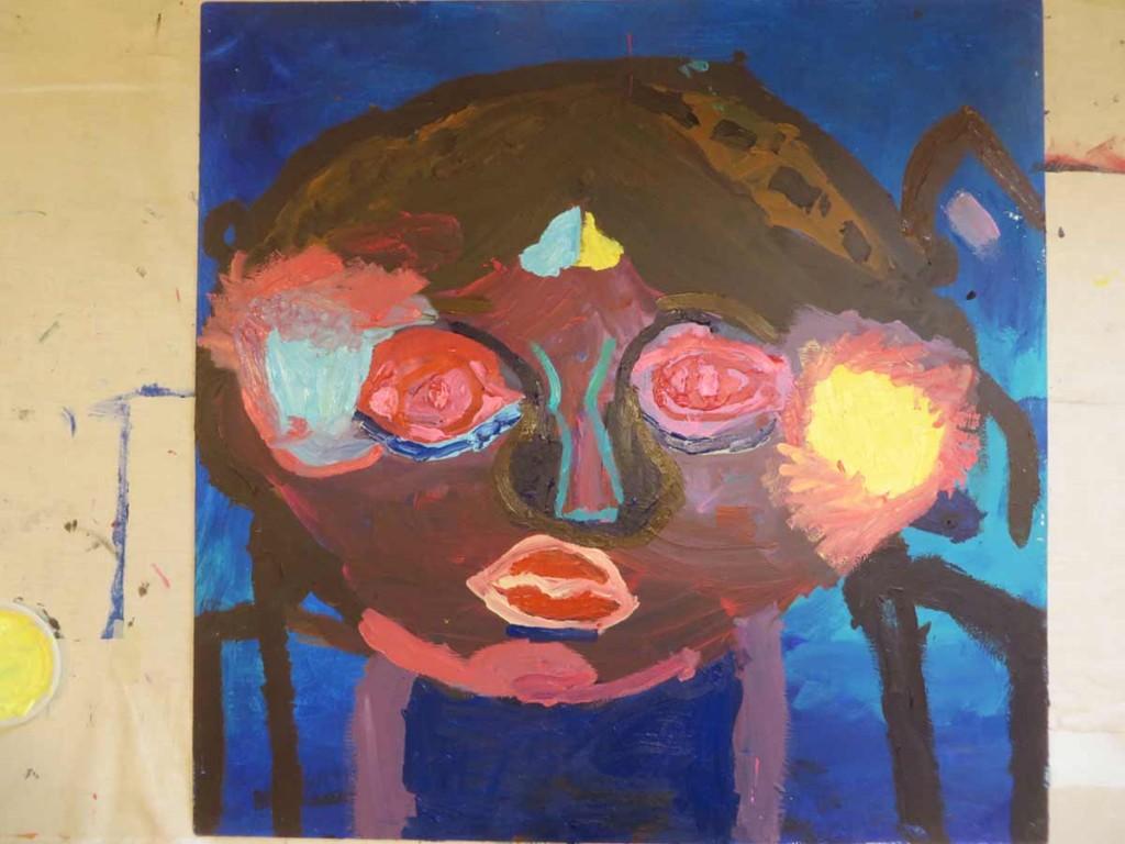 Visage d'enfant à la peinture
