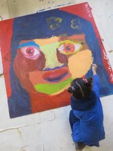 Fillette qui peint