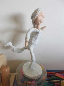 Figurine en bandes plâtrées