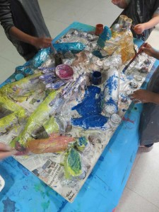 Encres acryliques et peinture argentée