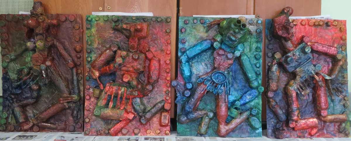 Les 4 bas-reliefs avant le passage de la cire dorée