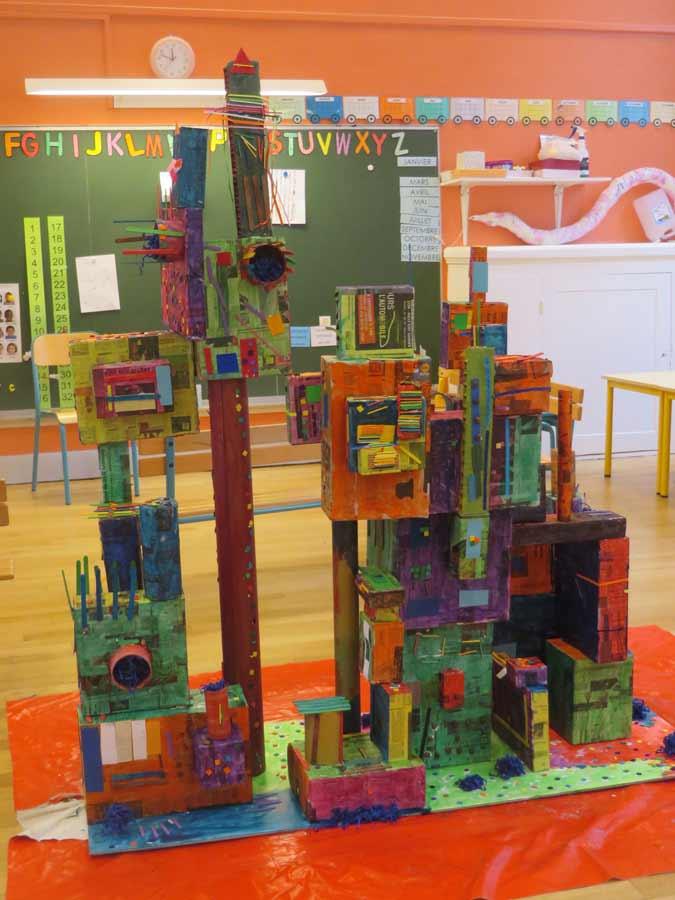Construire une maquette de ville avec les enfants for Construire une maison maternelle