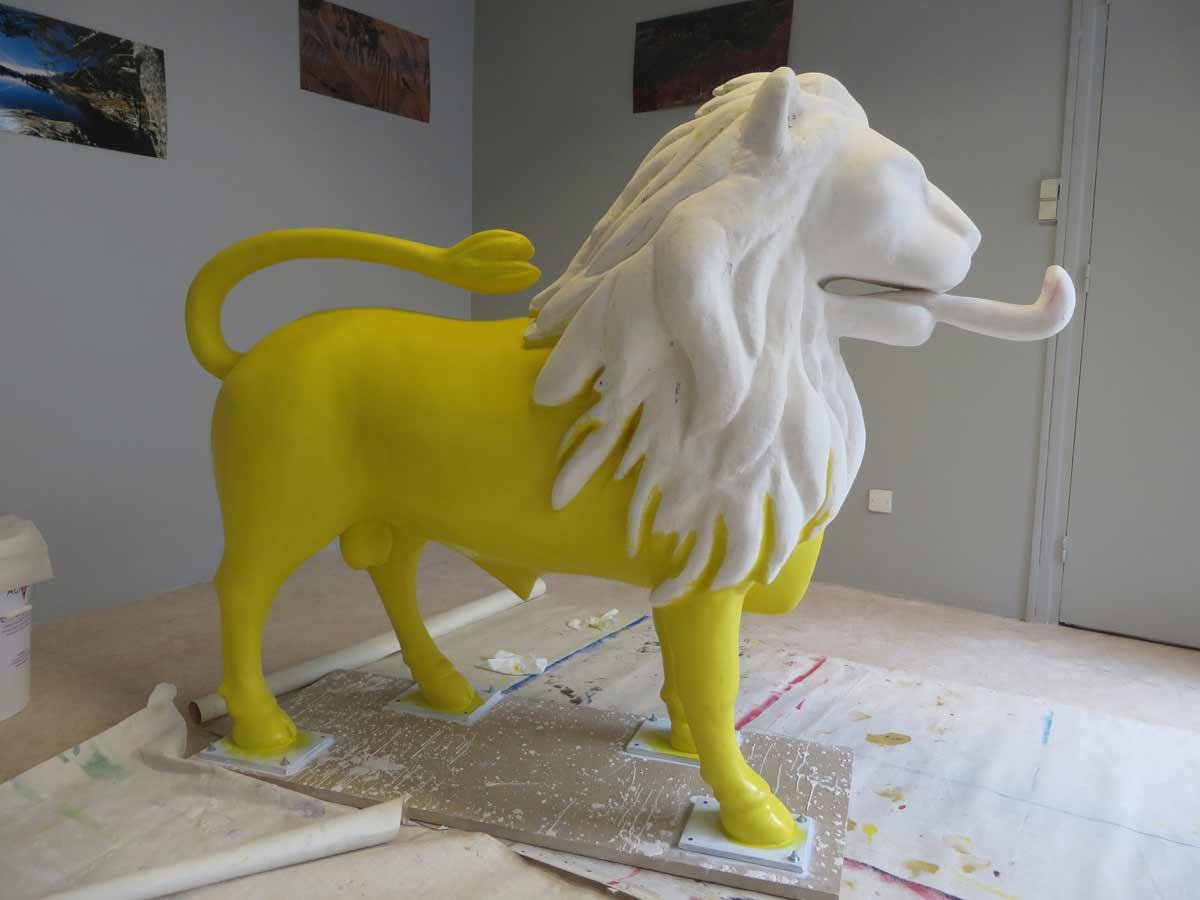 Le corps du taulion est peint en jaune