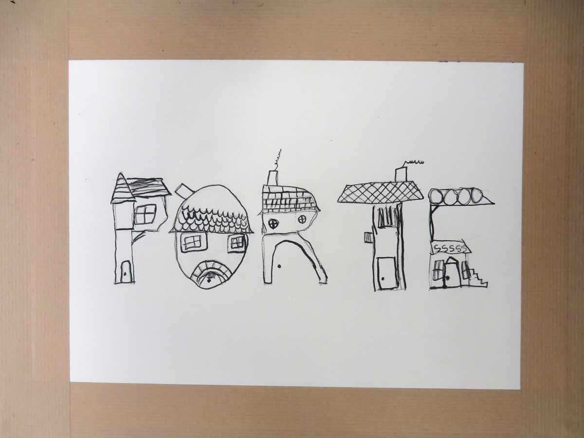 Des maisons en forme de portes