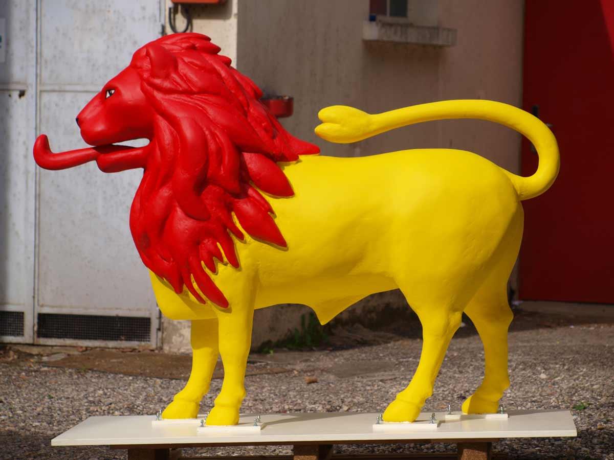 Sculpture vue de profil