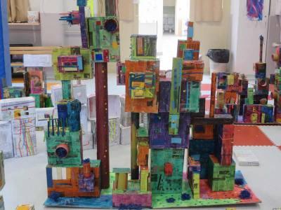 Maquette d'un quartier coloré