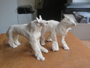 Deux petits loups en terre