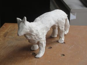Modeler un animal en argile