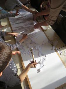 Enfants de grande section maternelle qui travaillent