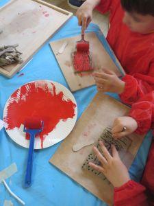 Etaler la peinture au rouleau