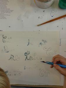 Calligraphie à l'encre de masquage