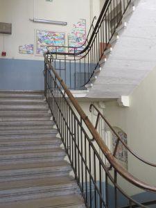 Escalier de l'école élémentaire Charial