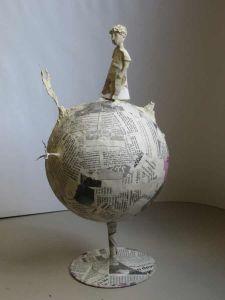 Petite sculpture en papier mâché
