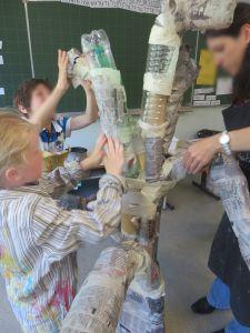 Recouvrir les branches de papier