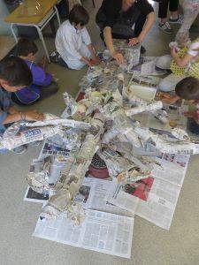 Les enfants travaillent au sol