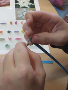 Fixer la bandelatte à l'outil