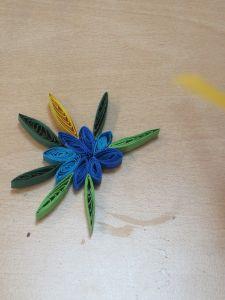Pétales de fleur en Quilling