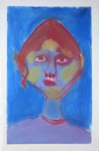 Autoportrait sur fond bleu