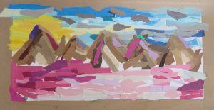 Montagnes roses et soleil levant