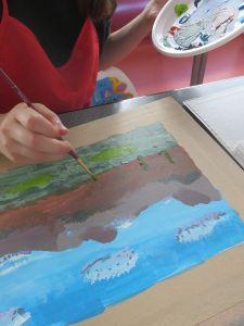 Peindre les détails tels que les arbres.