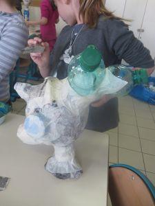 Tête de marionnette en objets de récupération