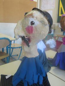 Marionnette en papier mâché réalisée par un enfant