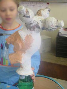 Tête de polichinelle en papier mâché