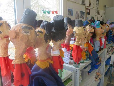 Les marionnettes de la pièce de Guignol réalisées par les enfants