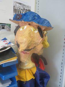 Tête de vieille femme au chapeau