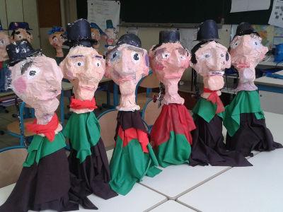 Six marionnettes de Guignol